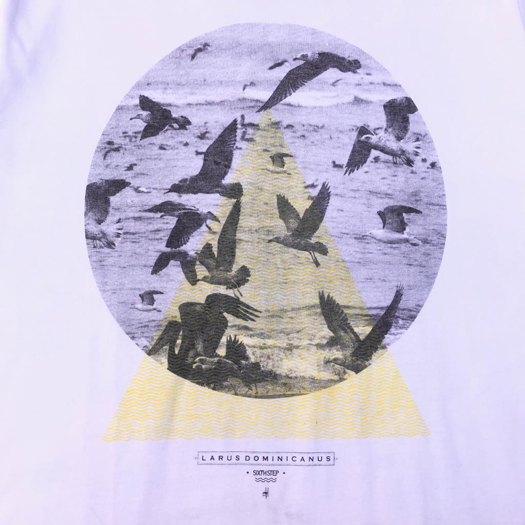Camiseta Sixth Step Larus Dominicanus