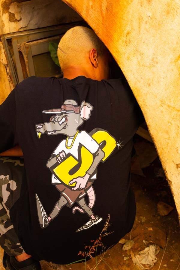 Camiseta Vishfi x Shu Logo Preta