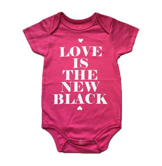 """Body """"Love is the new black"""" - Pink"""