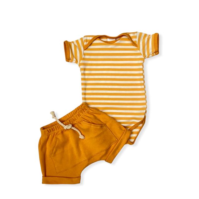 Conjunto Listrinhas - Amarelo