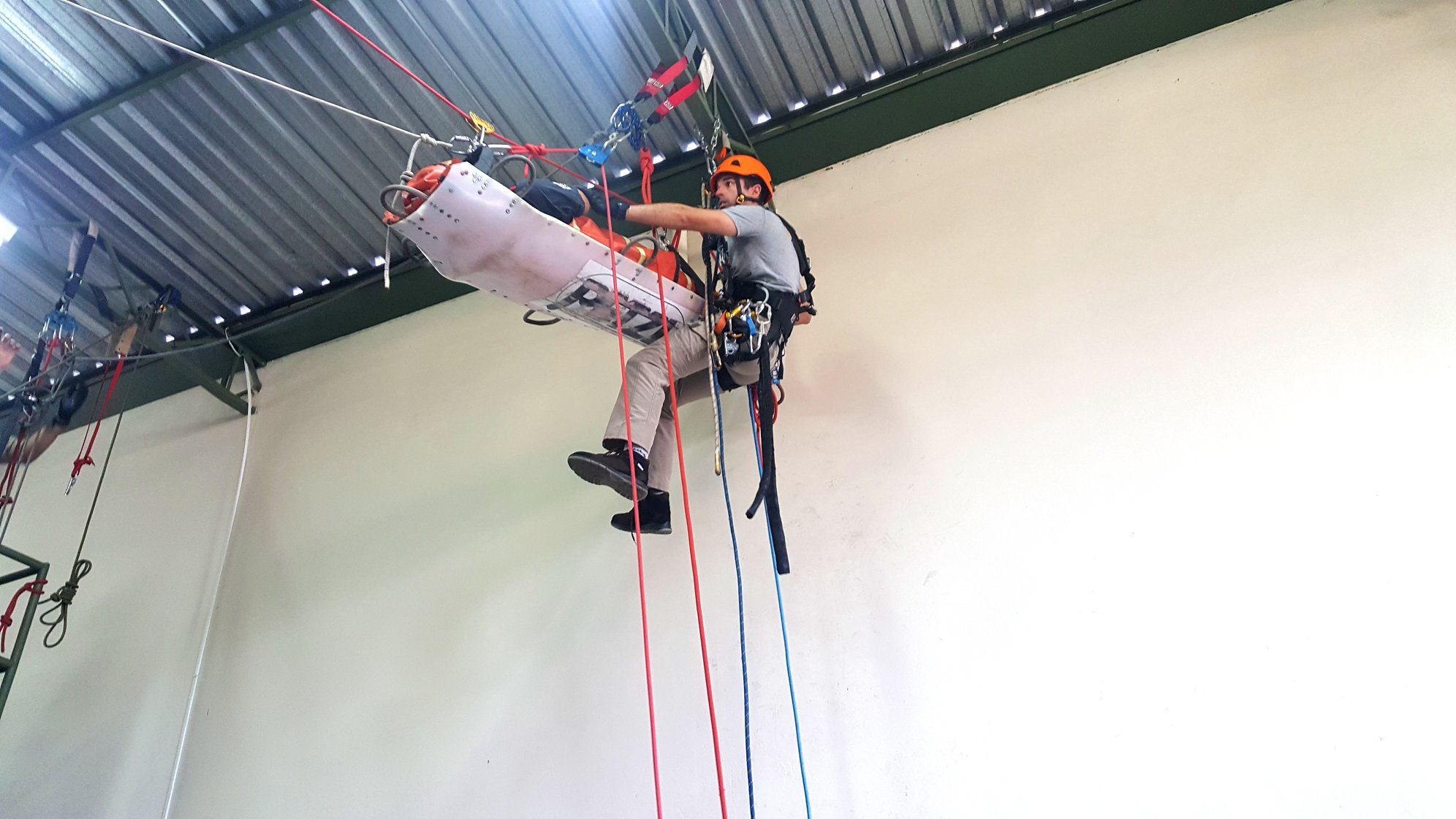 RECICLAGEM - Curso Resgate Vertical de Alto Nível - Nível Coordenador - 12/04/21 a 15/04/21