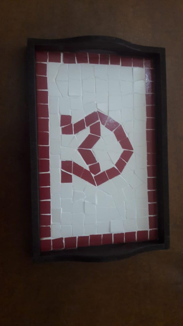 Bandeja grande Vermelha c/ ladrilhos A Encarnado