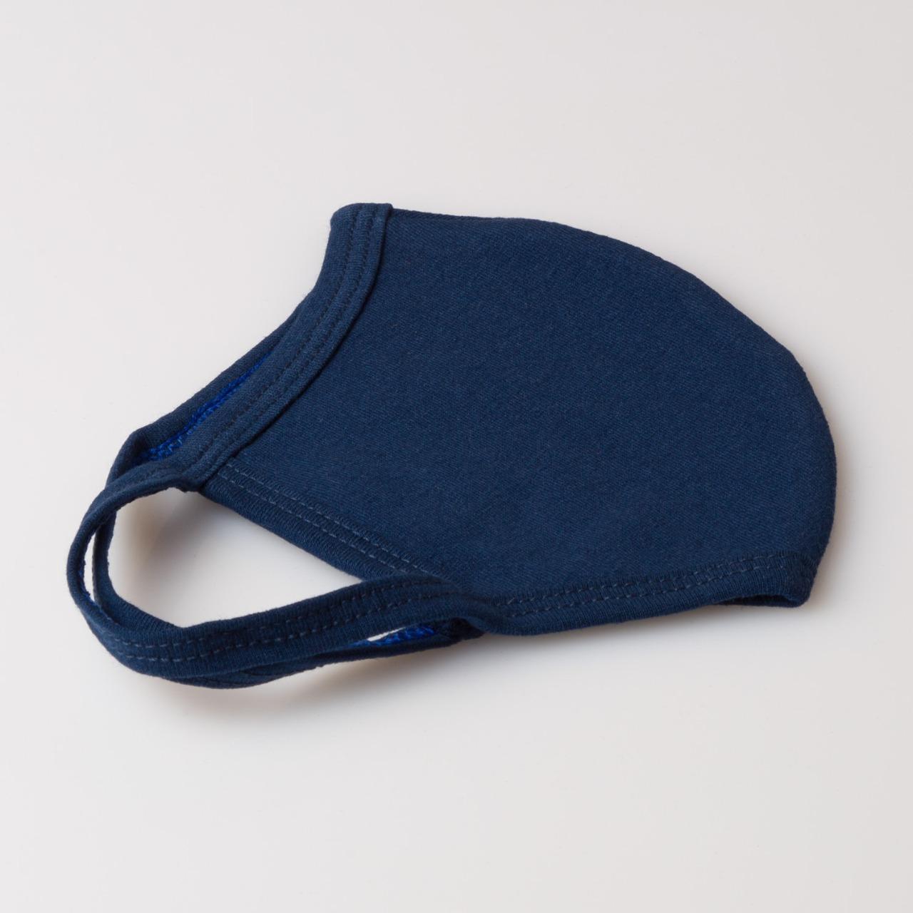Máscara azul A encarnado