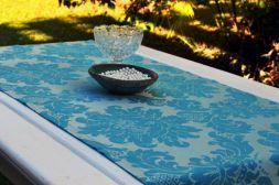 Caminho de Mesa Azul Adamascado Estampado Floral Ciano com 4 Guardanapos Grátis