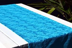 Caminho de Mesa Azul Claro Renda Sintética Floral Rendado com 4 Guardanapos Grátis