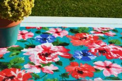 Caminho de Mesa Gorgurão Verde Claro com Estampa Floral Colorida