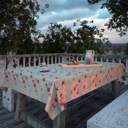 Toalha de Mesa Quadrada 6 Lugares Branca Floral