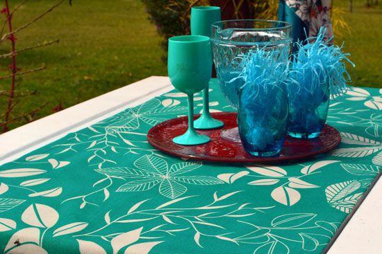 Caminho de Mesa Waterblock Verde Floral Azulado Betina