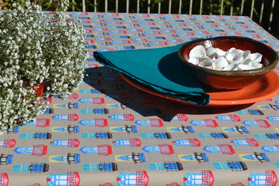 Conjunto Toalha de Mesa Retangular Verde Lisboa com 8 Guardanapos
