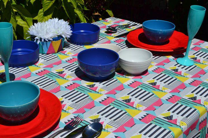 Toalha de Mesa 6 Lugares Retangular Colorida Modernista