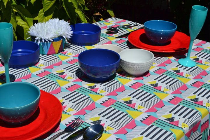 Toalha de Mesa 8 Lugares Retangular Colorida Modernista