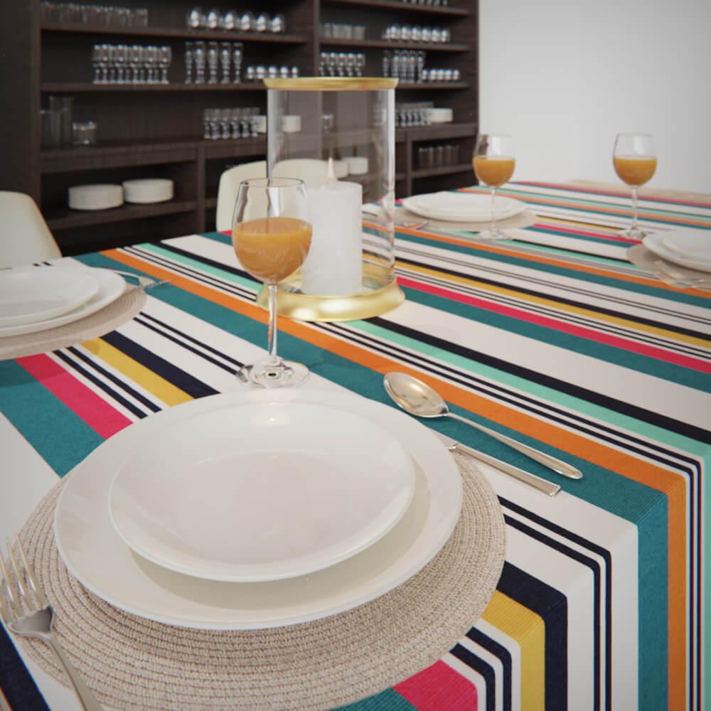 Toalha de Mesa Impermeável Listrada Colorida Retangular 8 Lugares