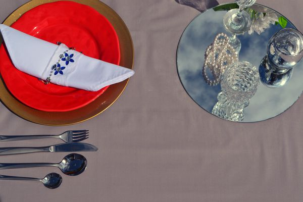 Toalha de Mesa para Festa Sob Medida Cinza Claro Luxo