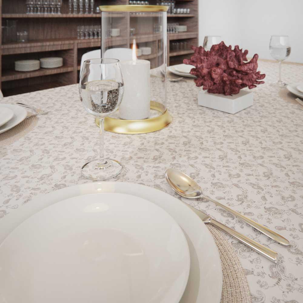 Toalha de Mesa Quadrada 4 Lugares Branca com Estampa de Arabescos