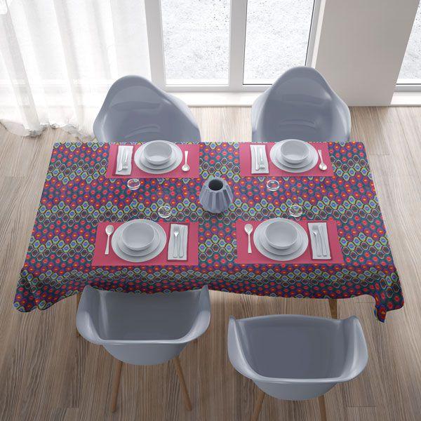 Toalha de Mesa Quadrada 4 Lugares Rosa Gota de Cores