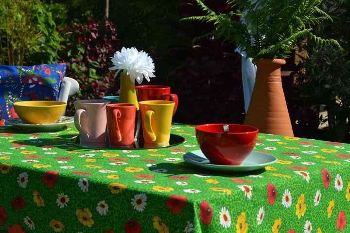 Toalha de Mesa Quadrada 4 Lugares Verde Floral Papoulas
