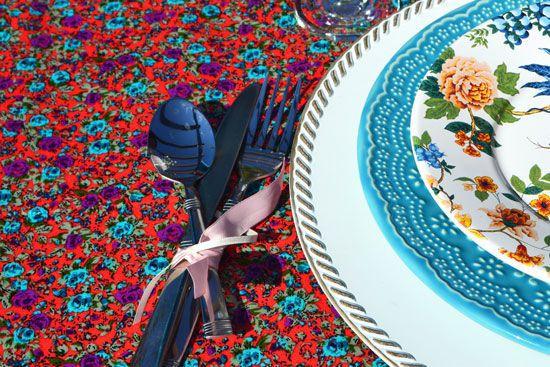 Toalha de Mesa Retangular 4 Lugares Festa das Rosas