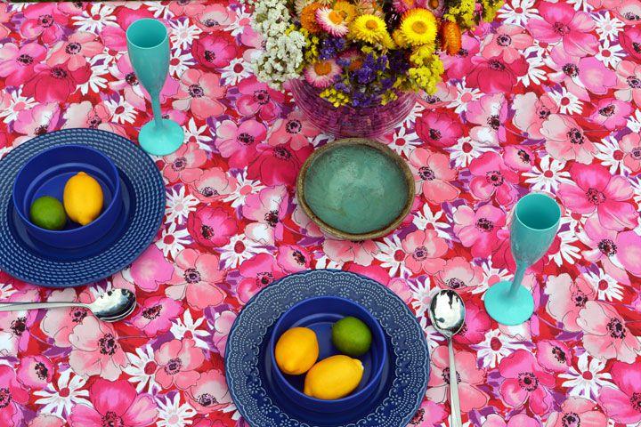 Toalha de Mesa Retangular 4 Lugares Shows de Flores