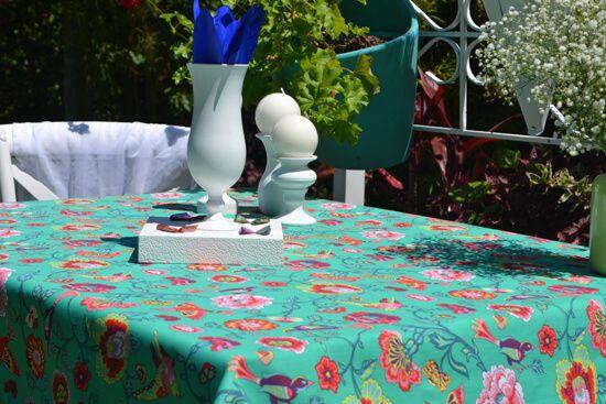 Toalha de Mesa Retangular 4 Lugares Verde Pássaros no Jardim