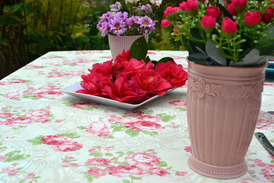 Toalha de Mesa Retangular 6 Lugares Floral Rosas