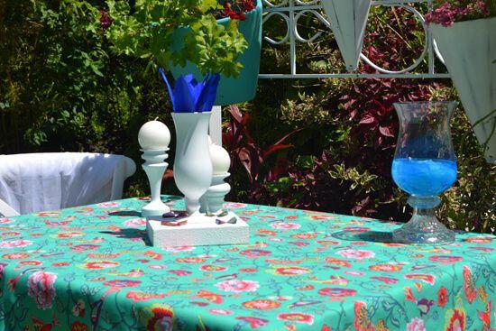 Toalha de Mesa Retangular 6 Lugares Verde Pássaros no Jardim