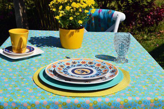 Toalha de Mesa Retangular 8 Lugares Azul com Flores