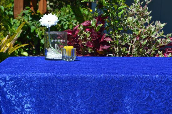 Toalha de Mesa Retangular 8 Lugares de Renda Azul