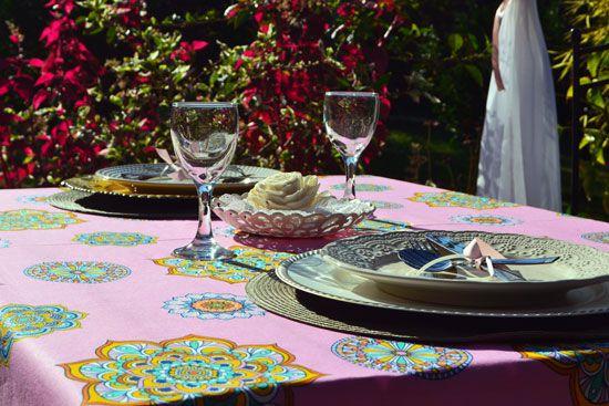 Toalha de Mesa Retangular 4 Lugares Rosa Estampada Charlote Mandalas