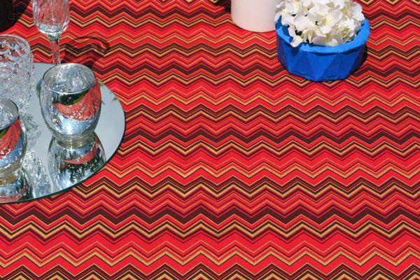 Toalha de Mesa Natal 8 Lugares Retangular Vermelha Chevron