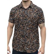 Camisa Viscose Animal Print Fundo Preto