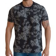 Camiseta Floral Masculina - Preta com Flores Brancas