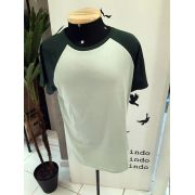 Camiseta Masculina Raglan Verde Básica