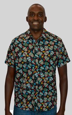 Camisa Caveira Mexicana Flores e Corações - Manga Curta