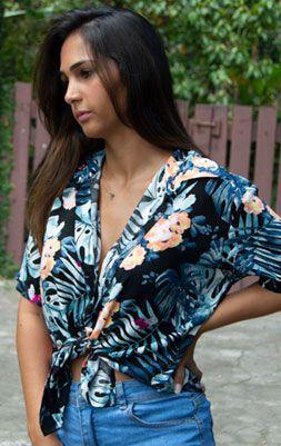 Camisa Feminina Viscose Azul Flores Laranjas
