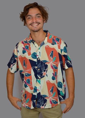Camisa Floral Viscose Fundo Claro