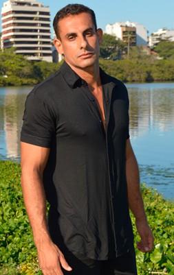 Camisa Visco Preto Malha Viscose com Elastano - Manga Curta