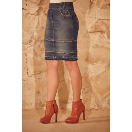 Saia Jeans Com Desfiado Na Barra e Bolso Arredondados, Moda Evangélica - Via Tolentino