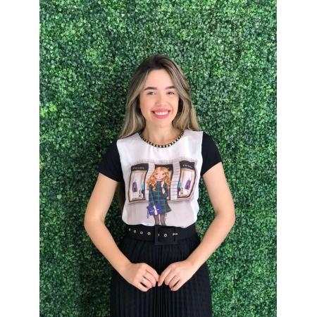 """T-shirt Jessica Com Perolas na Gola """"Prada"""", Moda Evangélica - Victorias Princess"""