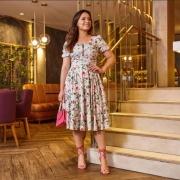 Vestido Palha De Seda Floral - Moda Evangélica - Jany Pim