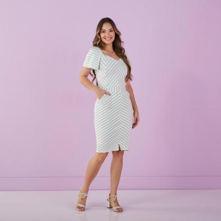Vestido Trevo Malha Viscolycra Decote Princesa, Moda Evangélica - Tatá Martello