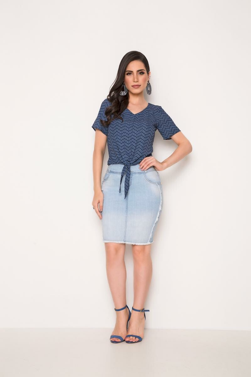 Saia Jeans Com Desfiado Na Lateral e Na Barra - Laura Rosa