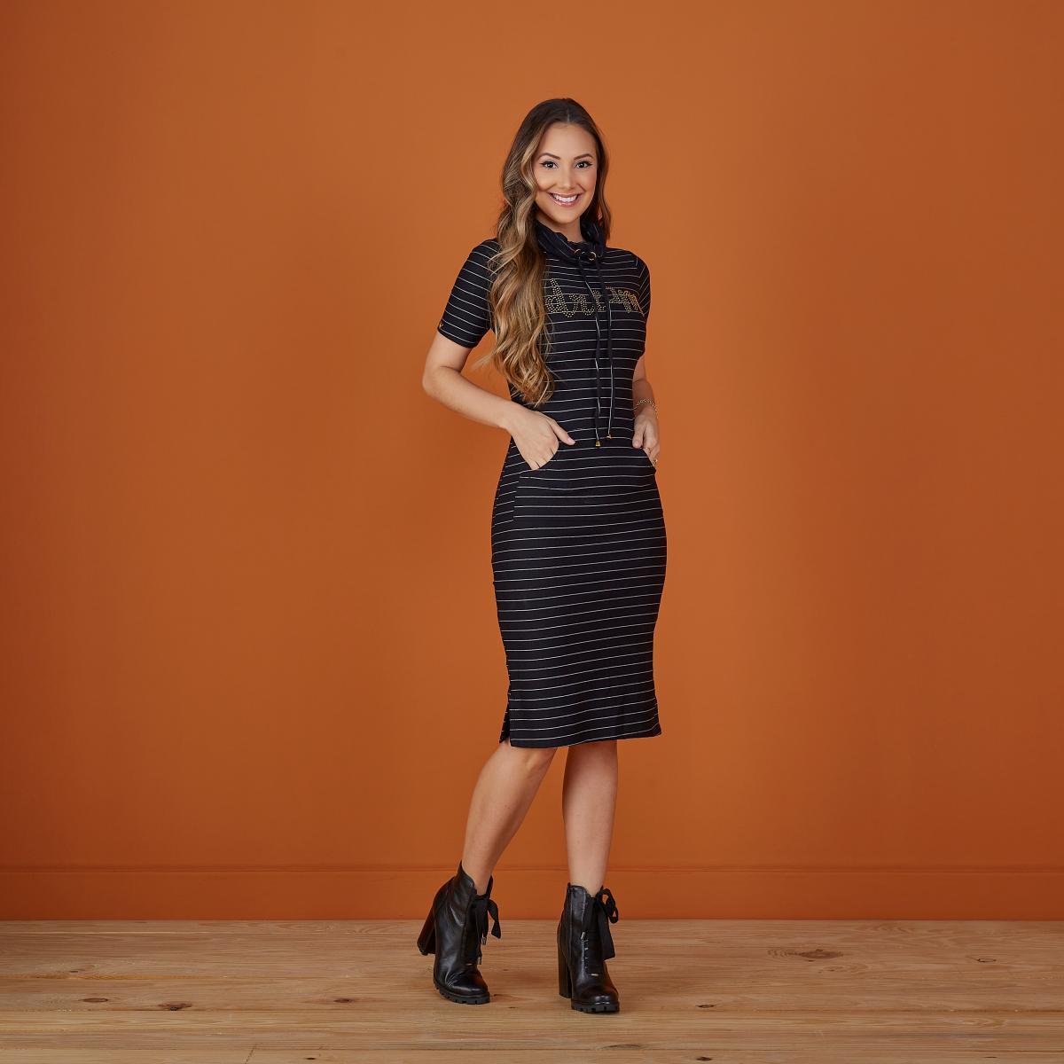 Vestido Melissa Gola Alta Oversized, Moda Evangélica - Tatá Martello
