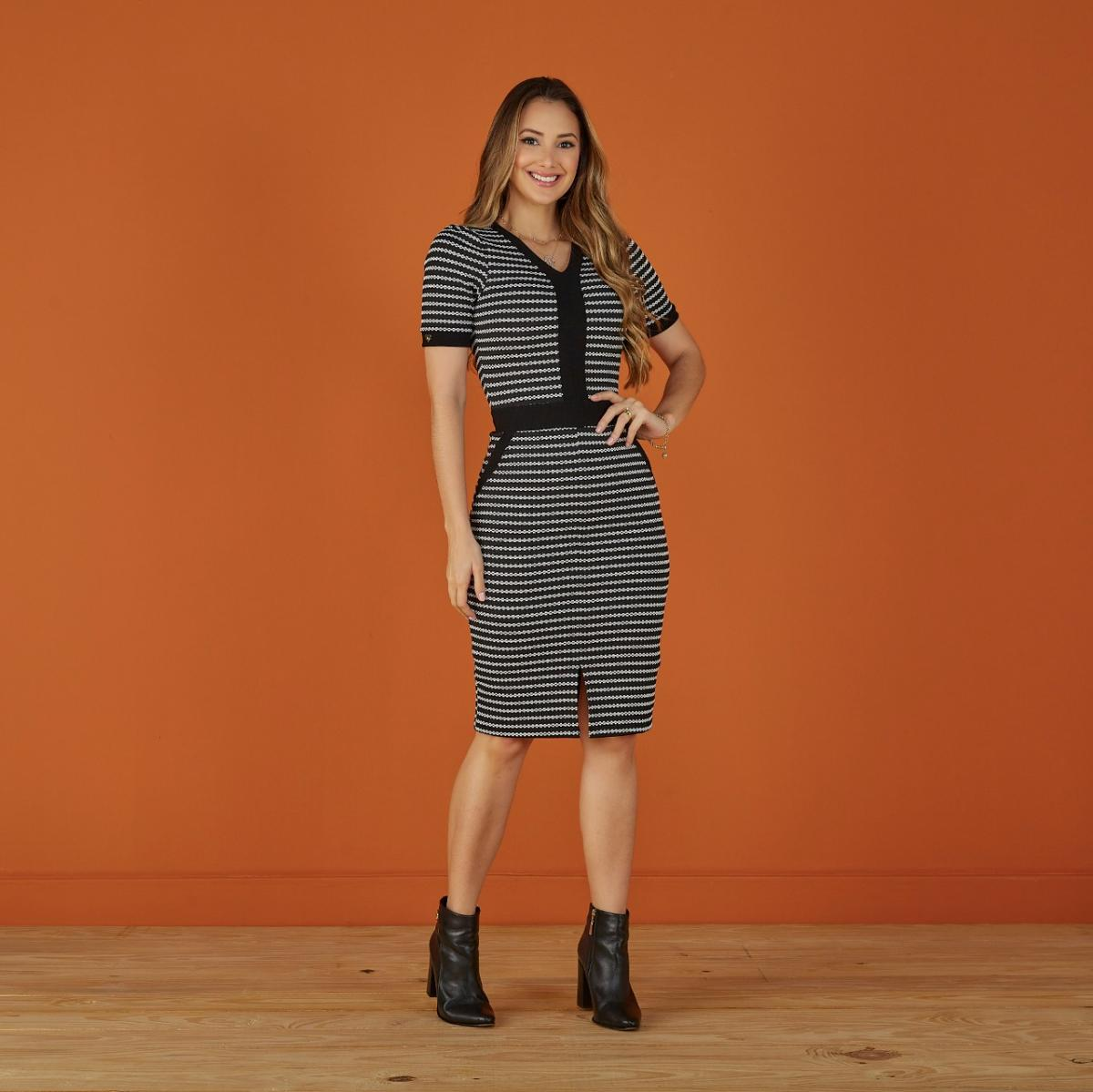 Vestido Michele no Neoprene Jacquard, Moda Evangélica - Tatá Martello