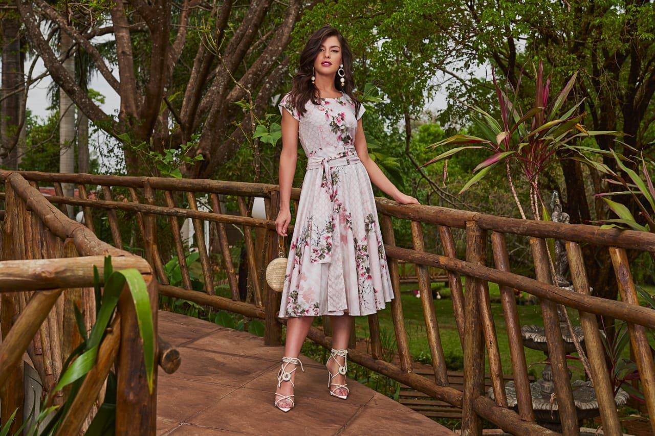 Vestido Midi Floral Rosa - Jany Pim
