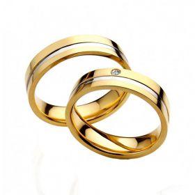 Alianças de Casamento de Ouro Amarelo 5.0mm com Filete de Ouro Branco e Zircônia  Lecce - AL599