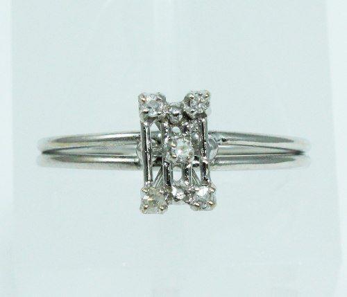Anel De Ouro Branco 18k750 Diamantes 1956