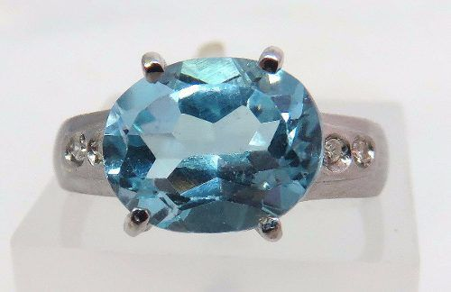 anel Ouro Branco 18k750 Diamantes E Topazio 506