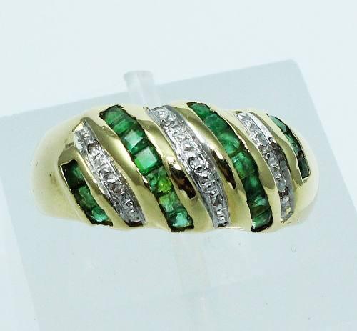 Anel De Ouro 18k750 Diamantes Esmeraldas 1736