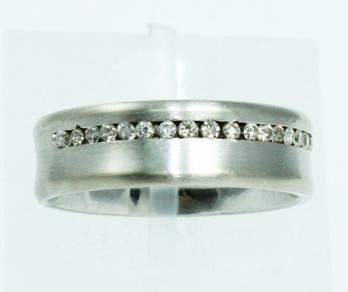 Anel De Ouro Branco 18k750 Diamantes 1628