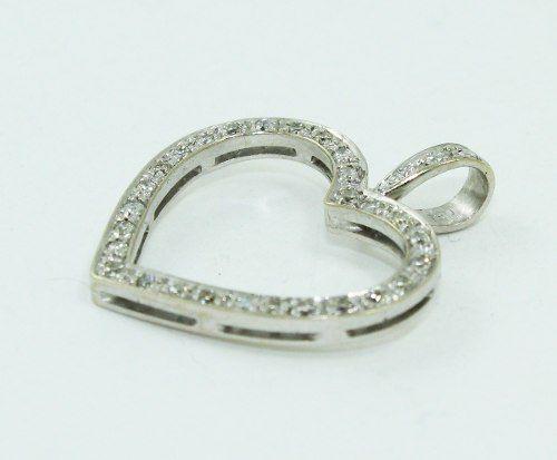 Pingente Ouro Branco 18k750 Coração Diamante P672